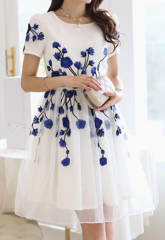 817ba93eb2cb  White Organza Blue Embroidery Flowers Short Sleeves Skater Skirt Dress