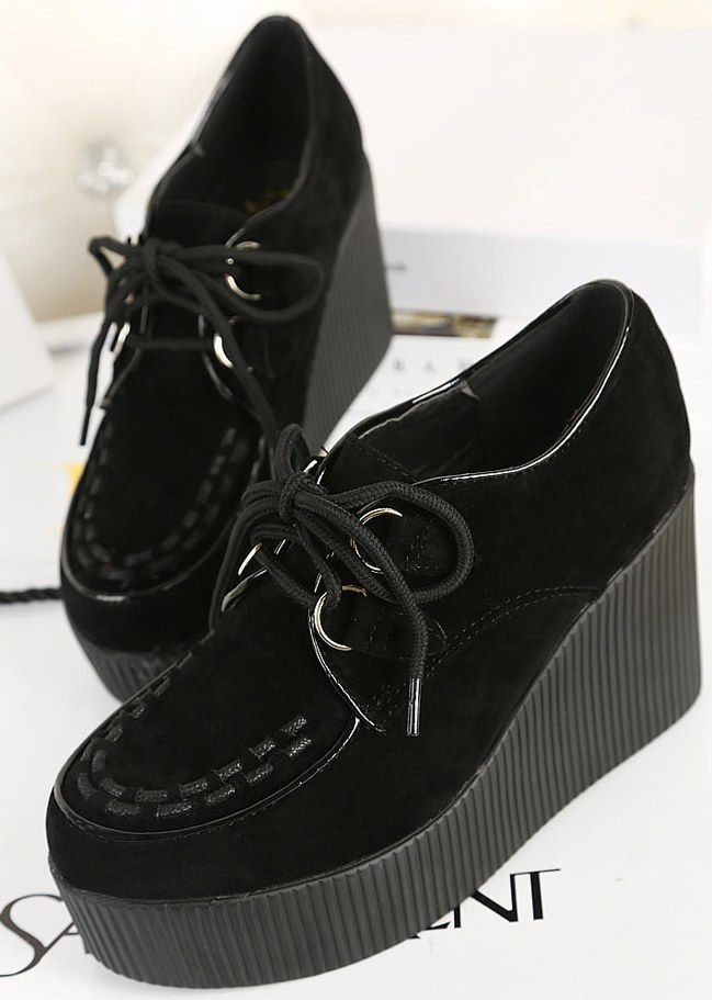 db0735c1449b Black Stitches Lace Up Creepers Platforms Wedges Gothic Grunge Women Shoes  Heels